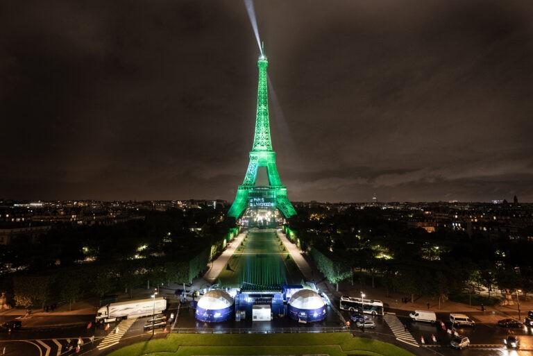 Le Paris de l'hydrogène et l'illumination de la Tour Eiffel